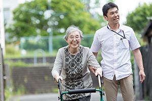 さまざまな方面から高齢者を支えます